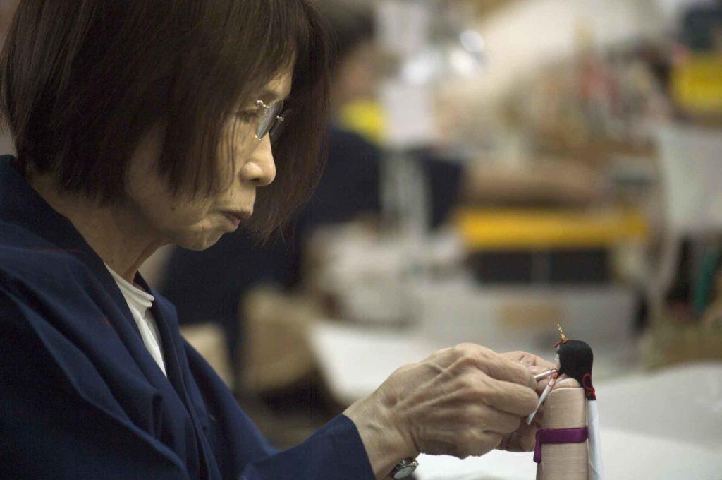 岩槻の伝統的工芸品・江戸木目込み人形
