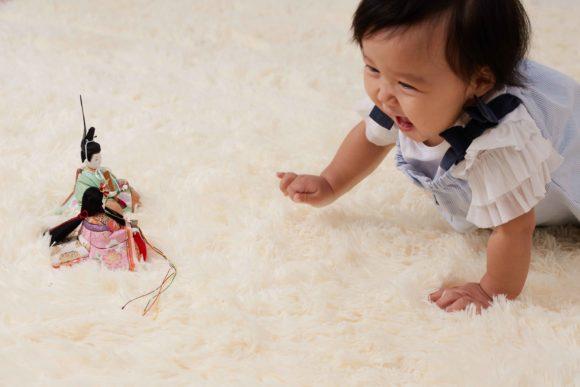 お子さまが小さい時雛人形で気をつけたいことは何ですか?お子さまの成長とひな祭りのお祝いの仕方は?又その意義は何ですか?