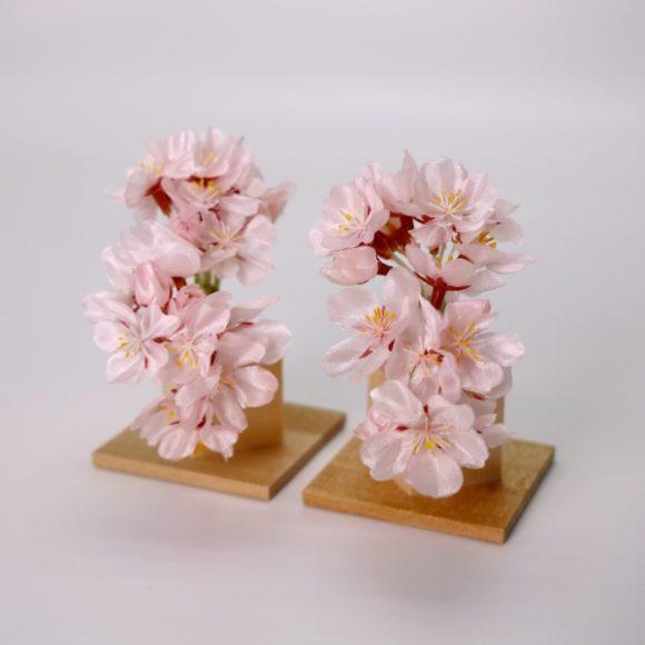 雛飾りに飾る花木には「橘」の他にはどんなものがあるのでしょうか?