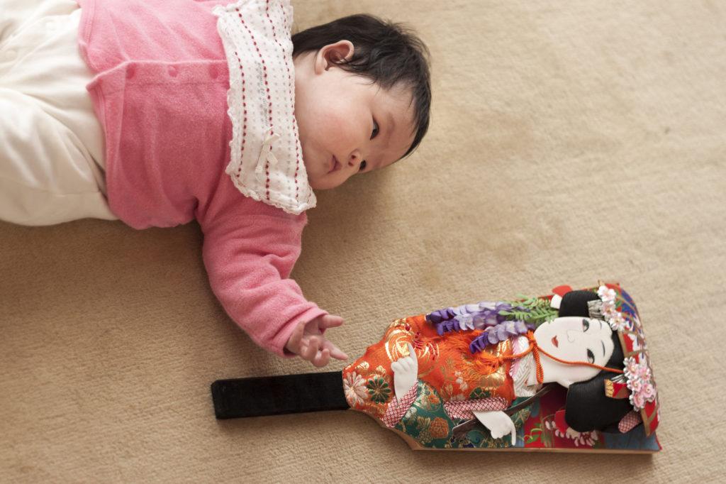 女の子の初正月に『羽子板』を贈る前に知っておきたい基礎知識