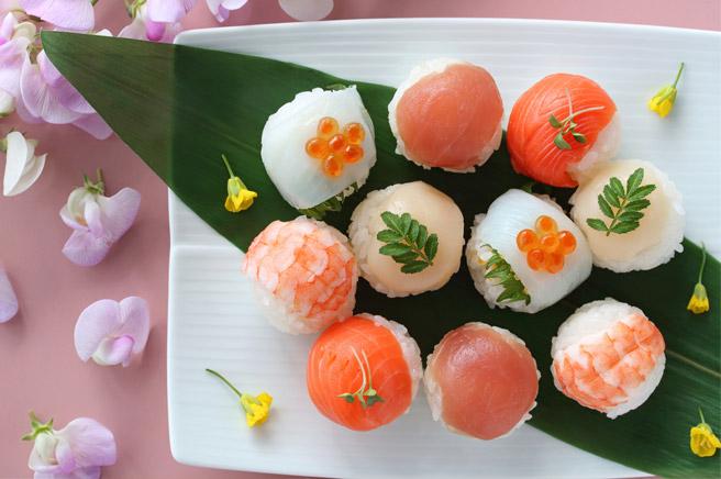 ちらし寿司だけではなく「手まり寿司」も最近のひな祭りの人気メニュー