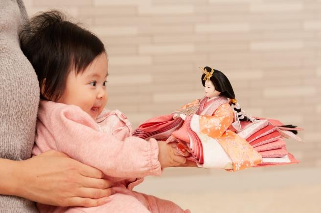 女の子の初節句は「桃の節句」のひな祭り!お祝いの仕方からマナーまで疑問を解決!